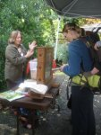 Puget Sound Beekeepers Association discussed maintenance of bee hives.